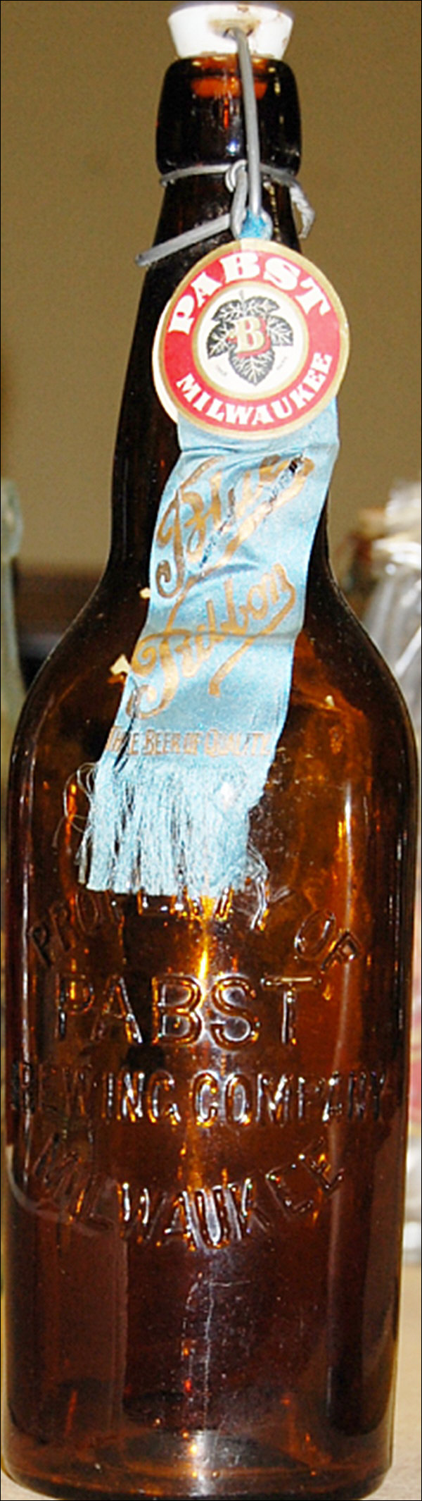 Bottle antique beer pabst Lot Of
