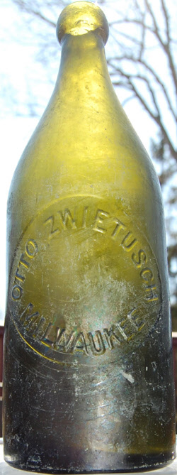 Green Otto Zwietusch Antique WIS G Co Milwaukee bottle